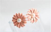 Wholesale beautiful newest fashion design cute pink pearl Daisy flower earrings