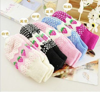 Wholesale Lovely strawberry gloves winter warm mittens gloves thicken wool knitted gloves Christmas gift