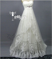 Wholesale elegant sweetheart neckline lace wedding dress beading decorated the bride wedding