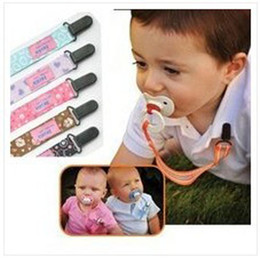 Wholesale Anti pacifier out with baby pacifier clip pacifier chain to prevent colorful mixed pc