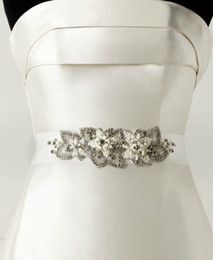 Wholesale Hot sale Ivory Rhinestone Belt Wedding accessories Belt Rhinestone Beaded Flower