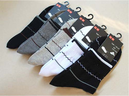 Wholesale Hot pinstripe cotton men socks business socks combed cotton tide sports socks