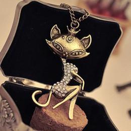 Promotion fille chat cru Vintage simulé DIamond Cat Sexy Girl collier pendentif chaîne de chandail de femmes 24pcs