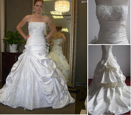 Wholesale Babyonline Sexy Strapless Embroidery Beaded Crystal Sweetheart A line Wedding Dresses MG073