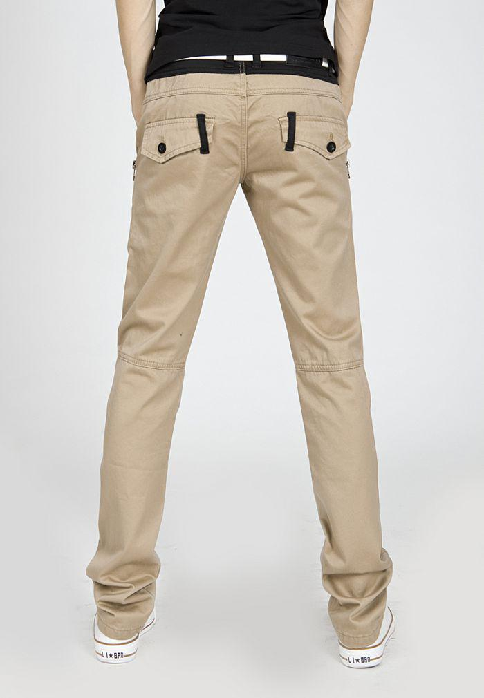 Put together the perfect outfit with our collection of Men's Khakis and Pants in a variety of fits and styles at American Eagle Outfitters.