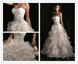 Wholesale NEW ball gown organza sweetheart neckline applique beaded belt Chapel Train wedding Prom dresses