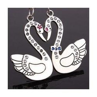 Wholesale Creative swan couple keychain the diamond gifts key chain jewelry pendant lettering printed company