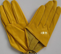 Wholesale 30pairs NEW Ms SEX AND THE CITY fashion cool Performing glove finger half PU leather gloves