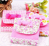 Fabric Convenient , confidential Folding Health Cotton Receive Bag Warm Lovely Candy Sanitary Napkin Package