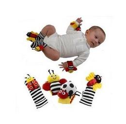 Chaussettes lamaze hochet en Ligne-Printemps / automne 0-12 mois mâles \ femelle bébé Lamaze abeille coccinelle hochet tambour Manille chaussettes