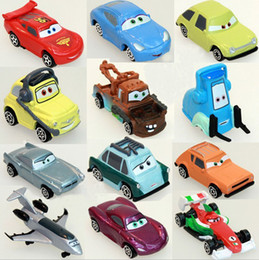 Wholesale retail new a set of pixar cars figures lightning mcQueen sally mater guido doll model car