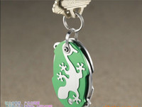 Wholesale Super cute mini gecko keychain ornaments Multi function knife bottle opener