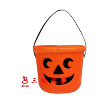 Wholesale Halloween supplies bar decorated props portable plastic pumpkin bucket pumkin can