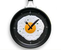 Wholesale Novelty clock Creative wall clocks fried eggs pan shaped wall clock colors choose