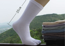 Wholesale Male finger toe sock man five toe socks finger fashion health socks pair a