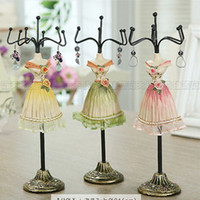 Wholesale Pieve Mannequin fashion Jewelry Displays stand holder charm Gift cheap Resin doll casting Taille