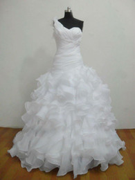 Wholesale ball gown sweep organza one shoulder lace up white wedding dresses bridal gowns W650
