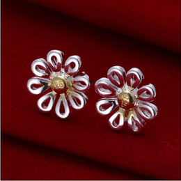 Wholesale Brand new high quality silver color separation daisy stud earrings pair