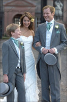 Wholesale New Handsome Ascot Grey Tailcoat Mens Suits Cusomed Made Wedding Suits Bridal Groom Suits Tailcoat