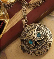 Wholesale Vintage retro Art Deco style bronze owl locket necklace Blue Eye Round Charm
