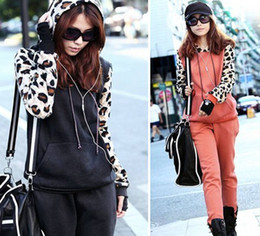Wholesale Fashion Spring Autumn Winter Women Girls Leopard Hoodies Suits Sport Outwear Sets Black Red M L XL