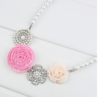 Wholesale Pearl Flower Row Inserts Necklaces Sweet Steadily Flower Pearl Necklaces