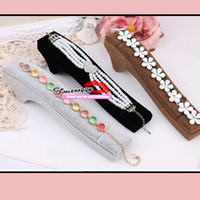 Wholesale Single Bracelets Display Trays wooden velvet strip type Velvet showcase cheap Jewelry Display Stand