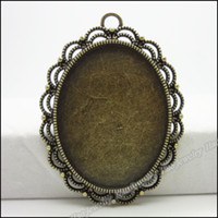 Traditional Charm antique oval picture frame - Cute Oval picture frame Pendants Antique bronze alloy Metal Necklace DIY Jewelry Craft