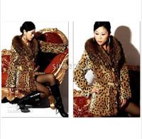 Wholesale The new classic big raccoon fur collar fur coat leopard fur coats in triumphal arch