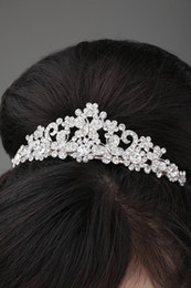 Wholesale Shinning Diamond Cryatal Empire Crown Butterfly Small Floral Bride Jewelry Accessories Wedding