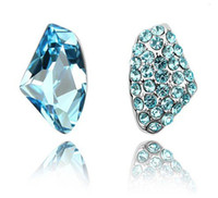 Wholesale Rhinestone and Crystal Stud Earrings Fashion Stud Earrings