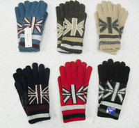 Wholesale Winter Double Warm Rabbit Wool Blend Jacquard Kintting Gloves New Design Fashion Gloves