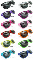 Wholesale 10 Fashional Unisex Cool Sunglasses Colors in choice