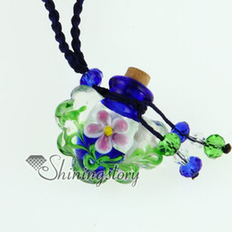 perfume necklaces diffuser necklace mruano glass jewelry pendants Mun019 aromatherapy pendant essential oil diffuser necklace with flower