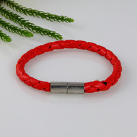 Wholesale magnetic buckle leather wrist bracelets leather bracelets women cheap bracelets