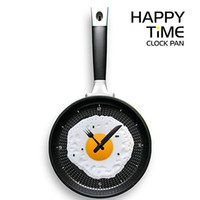 Wholesale Novelty clock Creative wall clocks fried eggs pan shaped wall clock different colors to choose
