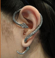 Wholesale Unique Earring Punk Cool Gothic Fashion Snake Ear Stud Clip Cuff Earring One Item for Left Ear Random Color