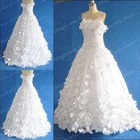 Wholesale Latest Design Strapless Neckline Charming Applique Court Bridal Dresses Wedding Gowns
