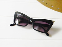 Wholesale Fashion Sunglasses Catwoman Night Club Material Girl Hot Sales