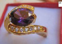 achat en gros de diamant vert bague en or jaune-Les femmes élégantes hommes 14kt jaune or rempli de violet vert biue brun couleur bague de diamant