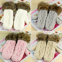 Wholesale twisted women s winter handmade knitted thickening thermal gloves