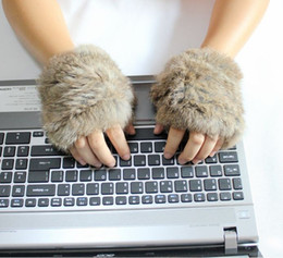 Wholesale 2 Winter Soft hand knitting rabbit fur Fingerless Half Cuff Gloves elastic