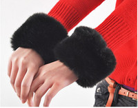 Wholesale Elegant Gloves Winter Luxury Clothing Gloves For Women Artificial Rabbit Fur Gloves Cuff Color gt l0