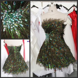 Wholesale Gorgeous Customized Strapless A Line Peacock Feather Beads Cocktail Prom Party Dresses Gowns