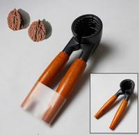 Wholesale 1 Since Sale Thicken Nut Cracker Wooden Handle Walnut Clamp Stainless Steel Walnut Clip Pliers