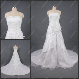 Wholesale Full Refound A Line Strapless White Ladies Wedding Dresses with Swarovski Crystals in Stock