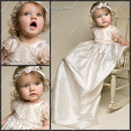 Wholesale Lovely Jewel Short Sleeve Lace and Taffeta Ivory Christening Gowns Dresses with Headwear Baby Skirts