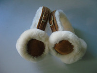 Wholesale 2012 New Women s Classic Shearling Earmuff sheepskin earflap ear muffs Couples Christmas gift