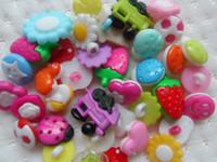 achat en gros de boutons de scrapbooking bébé-300pc assez Mixte style de Bouton en plastique,bébé mignon de BRICOLAGE poupée appliques/couture/scrapbooking/Carterie beaucoup