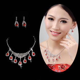 Wholesale Stylish Popular Trend Bridal Crowns And Charming Wedding Necklaces and Bridal Earrings Latest